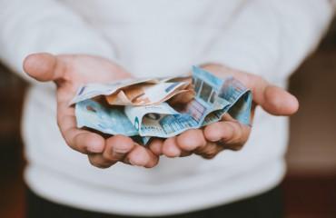 Platby v hotovosti = riziko